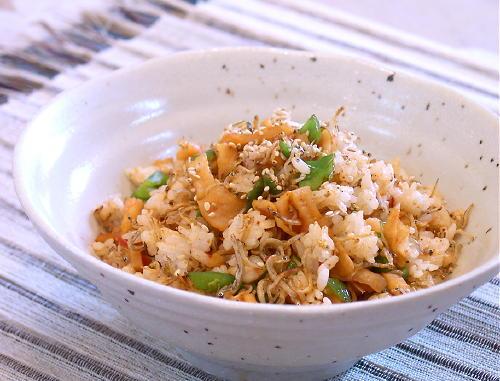 じゃことキムチの混ぜご飯レシピ