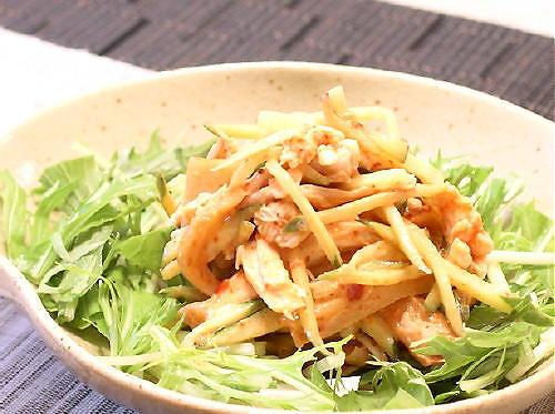 割干しキムチと鶏のささ身のごまドレッシング和えレシピ