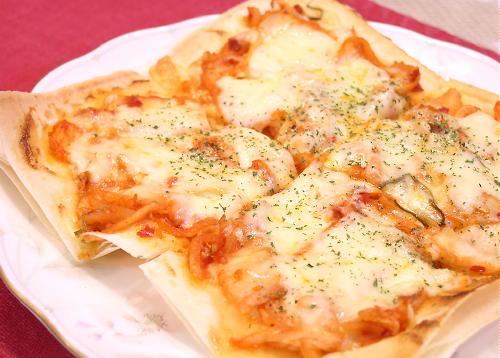 春巻きの皮を使ったキムチピザ