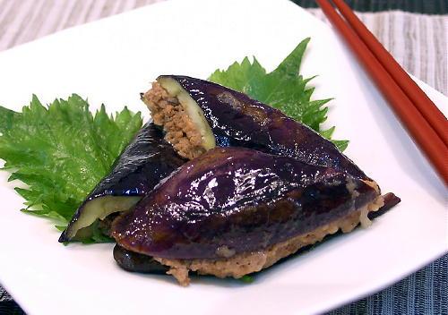 なすのピリ辛ひき肉はさみ焼きレシピ