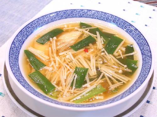 えのきとにらのキムチスープレシピ
