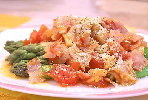 グリーンアスパラのキムチトマトソースがけレシピ