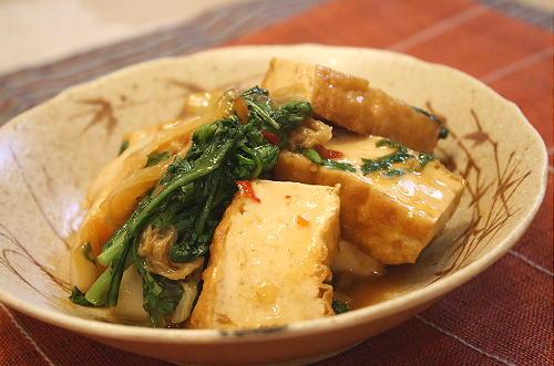 厚揚げと春菊のキムチ煮レシピ