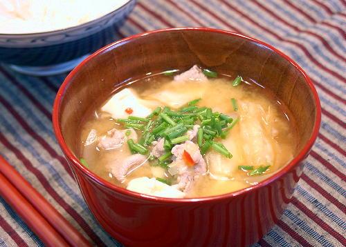 豚肉とキムチの味噌汁レシピ