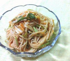 今日のキムチ料理レシピ:キャベツの甘辛混ぜそうめん