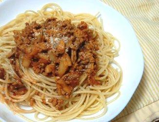 今日のキムチ料理レシピ:キムチ・ボロネーゼ