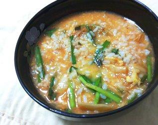 今日のキムチ料理レシピ:キムチおかゆ