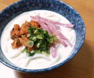 今日のキムチ料理レシピ:キムチの冷たいごま風味豆乳うどん