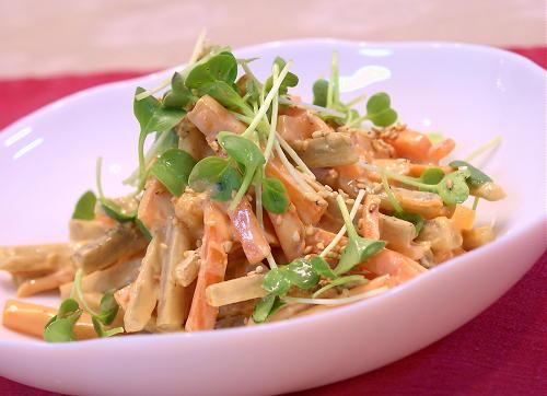 にんじんとごぼうのゴマ味噌キムチサラダレシピ