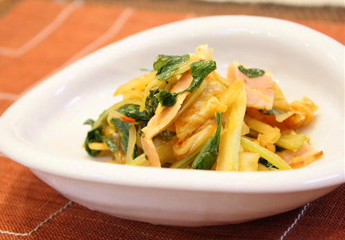 セロリのキムチ炒めレシピ