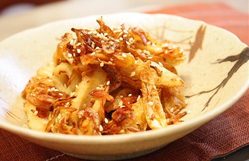 今日のキムチ料理レシピ:竹輪とキムチの小エビ炒め