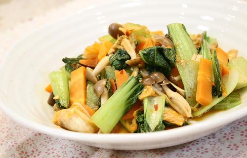 今日のキムチ料理レシピ:青梗菜とキムチのいためもの