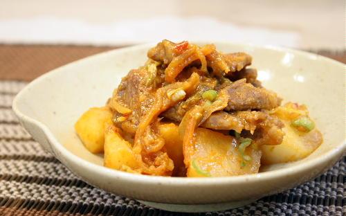 今日のキムチ料理レシピ:大根とキムチの味噌バター炒め煮