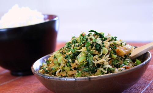 キムチ入り大根の葉とちりめんふりかけレシピ