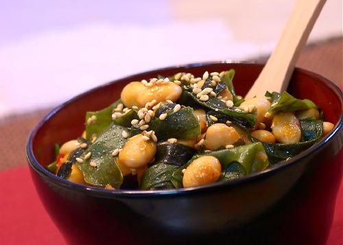 大豆とわかめとキムチの炒め物レシピ