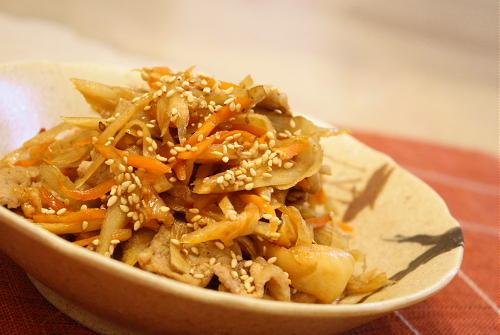 豚肉とキムチ入りきんぴらごぼうレシピ
