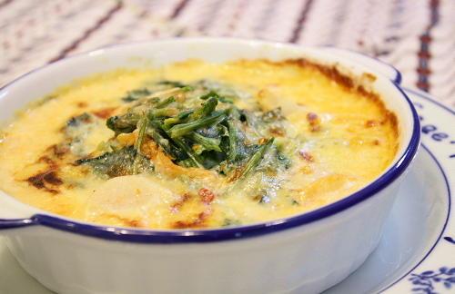 今日のキムチ料理レシピ:ホタテとほうれん草のキムチグラタン