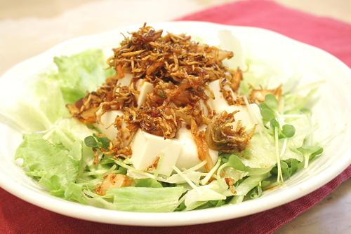 豆腐サラダのジャコキムチドレッシング