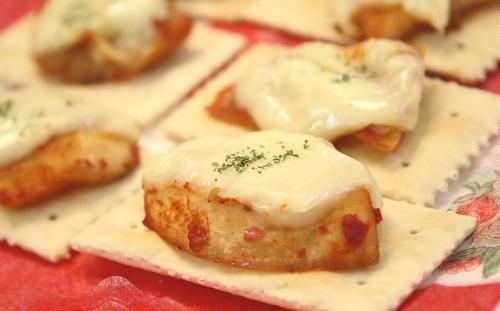 特選カクテキのチーズ焼きクラッカーレシピ