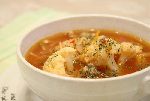 カリフラワーのトマト風味のキムチスープレシピ