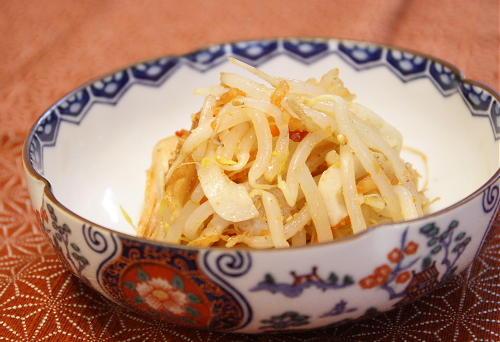 今日のキムチ料理レシピ:もやしとキムチの中華和え