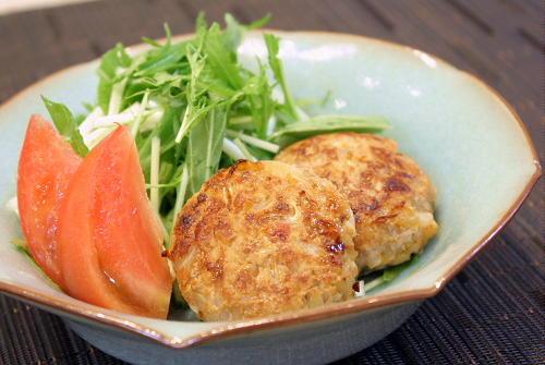 今日のキムチ料理:モヤシとキムチのミニハンバーグレシピ