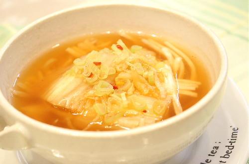今日のキムチ料理レシピ:長いものピリ辛スープ