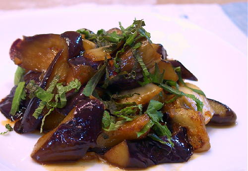 茄子とキムチの甘酢炒めレシピ