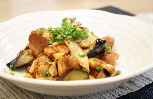 今日のキムチ料理:鶏肉と茄子のキムチ炒め