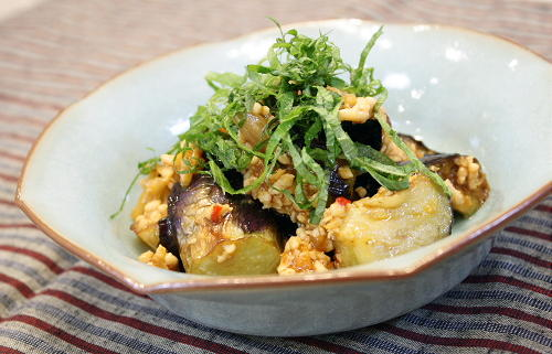 今日のキムチ料理レシピ:揚げなすのキムチひき肉あん