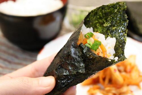 キムチの海苔巻き(ごま油風味)レシピ