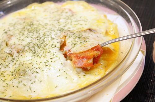 今日のキムチ料理レシピ:ポテトとキムチのチーズ焼き