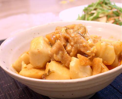 さといもと割干しキムチのこってりチーズ煮レシピ