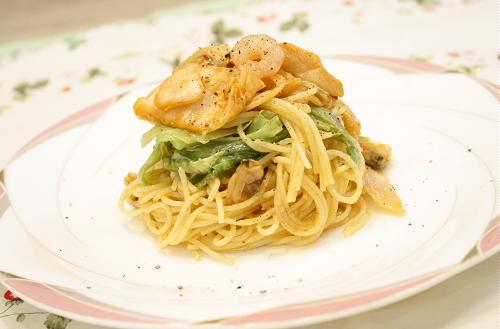 今日のキムチ料理レシピ:シーフードとレタスのキムチパスタ