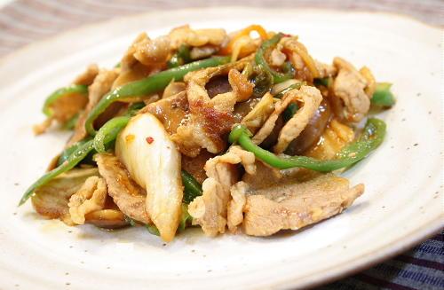 今日のキムチ料理レシピ:豚肉と椎茸のキムチ炒め