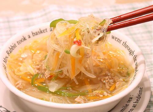 キムチ入りスープ春雨レシピ