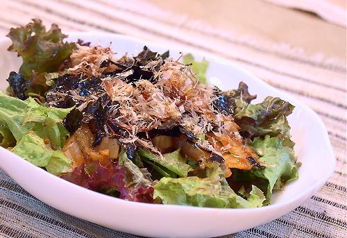 サニーレタスとキムチのサラダ