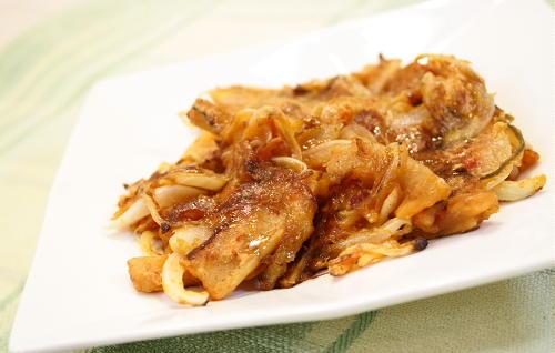 今日のキムチ料理レシピ:玉ねぎと割干しキムチのおやき