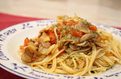 トマトと豚肉のキムチパスタレシピ