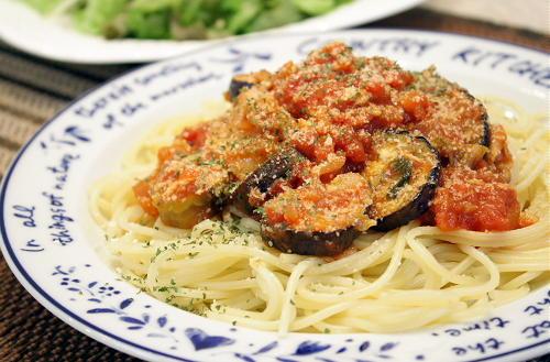 今日のキムチ料理レシピ:キムチ入りトマトとなすのスパゲティ