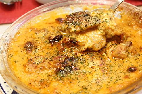 今日のキムチ料理レシピ:鶏肉とキムチのコーンクリームグラタン