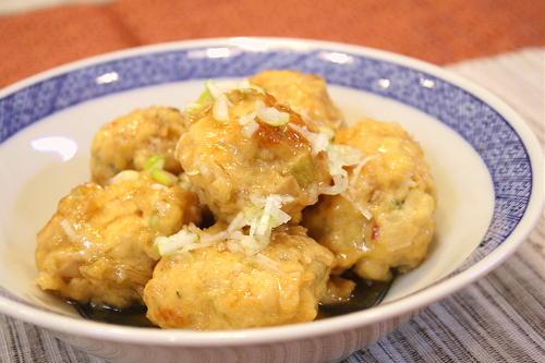 今日のキムチ料理レシピ:キムチ入り鶏団子のあんかけ