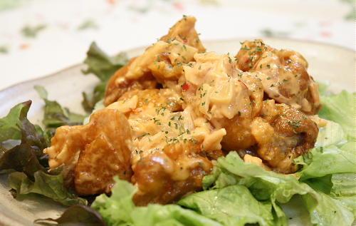 鶏のから揚げピリ辛オーロラソース和え