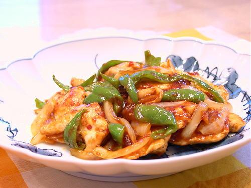 鶏肉とピーマンのピリ辛炒めレシピ