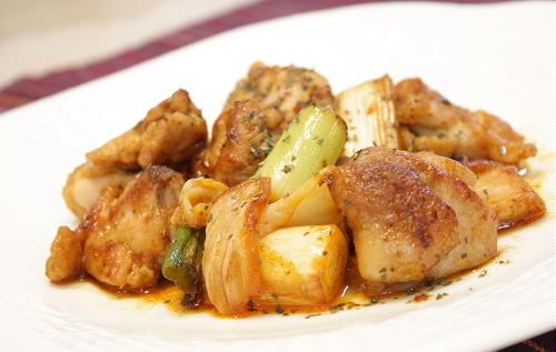 今日のキムチ料理レシピ:鶏もも肉とキムチのポン酢焼き