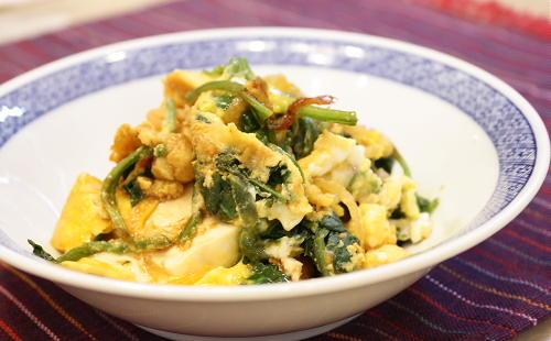 今日のキムチ料理レシピ:豆腐とキムチの卵とじ