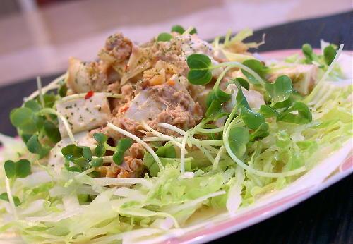 豆腐とツナとキムチのサラダレシピ