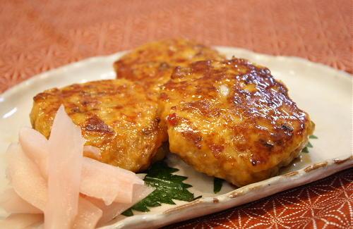 今日のキムチ料理レシピ:サクサクキムチつくね