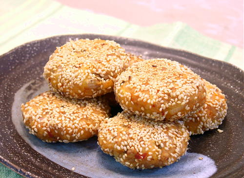 割干しキムチのポテトゴマ団子レシピ