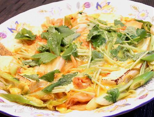 焼き豆腐とキムチの卵とじレシピ